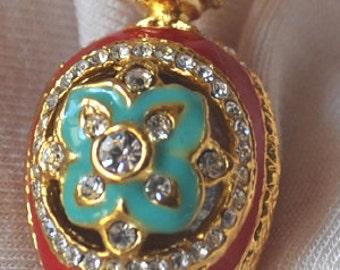 FAB21 Farberge pendant