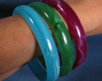 Vintage Plastic Bangle Bracelets Set of Three - Turquoise, Green and Purple