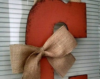 "13"" Wooden Door Hanging Letter (C)"