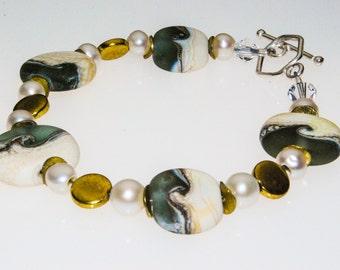 Handmade Beachcomber lampwork  bead bracelet