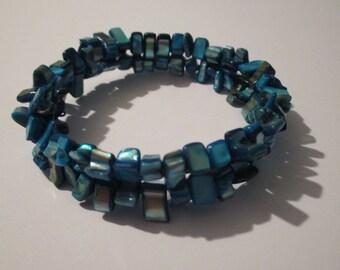 Simple chip bead bracelet