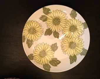 Vintage Yellow Flower Plate