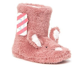 Ladies super soft bunny slipper bootee.