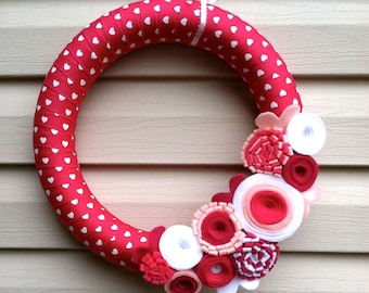 Valentine's Day Wreath - Magenta & White Heart Ribbon Wreath decorated w/ felt flowers. Valentine Wreath - Valentine Day Decoration