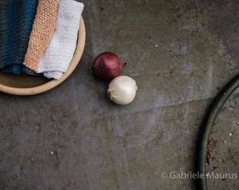 Handknit scarf / MÄRTE-RUTH // silk / soy / acrylic / wool / ivory / peach / woodlands