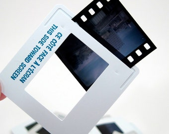 50 Vintage 35mm Slides - Photo Slides - Plastic Frames - removable film