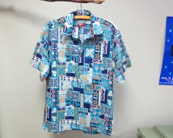 Hawaiian Shirt Reyn Spooner Vintage 90s Joe Kealoha Mod Tapa Hawaiian Quilt in Blue