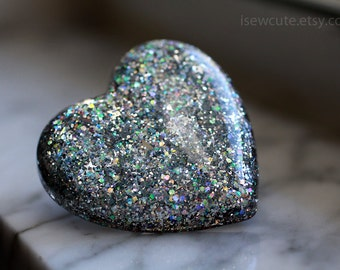 Resin Jewelry Ring Heart Shaped Resin Truly Big Bling... antique silver with rainbow highlights & stars inside by isewcute
