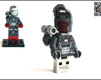 32GB USB Stick in a original complete Lego® Superhero Minifigure