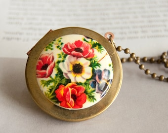Poppy  - romantic locket necklace
