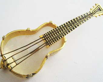Vintage Spanish Damascene & Mother of Pearl Guitar Musical Instrument Pin - Spain
