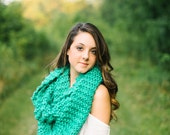 Extra Long Infinity Scarf in Jade Green // Double Wrap Knit Circle Scarf Spearmint // Knit Wrap Scarf