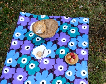 Marimekko Picnic Blanket, Iconic Poppies in Purple and Blue, Picnic Blanket, Waterproof, Personalized