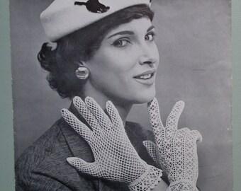 Vintage 50s Crochet Pattern Women's Gloves lacy design - 1950s original pattern - Coats Mercer-Crochet Design No. 476 - UK crochet pattern