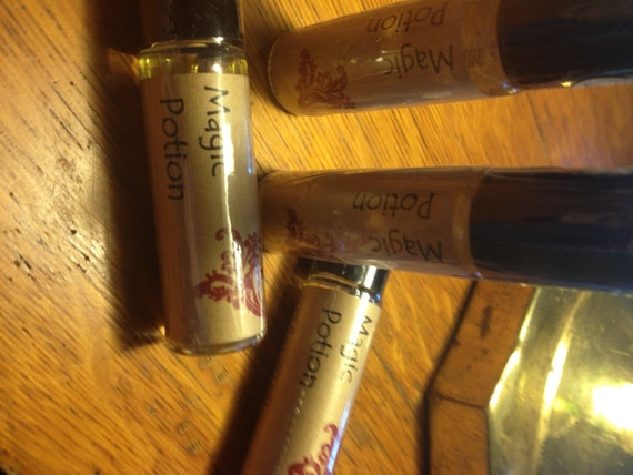 Roll-On Perfume - Magic Potion - Half Price
