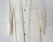 Coat, Rain Coat, Raincoat, Off White or Cream with Large Pockets - Size M-L