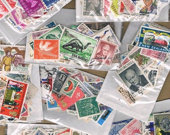 Vintage World Postage Stamp Packet - small or medium mix