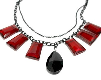 Handmade ooak Statement Necklace in black and red -  modern, ooak, stylish, elegant, gothic, rockabilly - Free shipping!