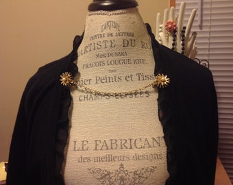 vintage gold tone and faux pearl sweater guard