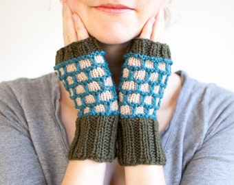 Rip Rap Hand Knit Color Work Fingerless Mittens, Rustic Fingerless Gloves in Forest Green, Beige, and Teal Blue (A04)