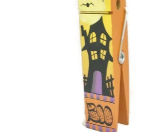 Handpainted Giant Clothespin Photo Clip, Spooky Haunted House