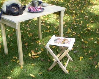 """Civil War Folding Camp Stool – with """"FLOUR SACK SEAT"""""""