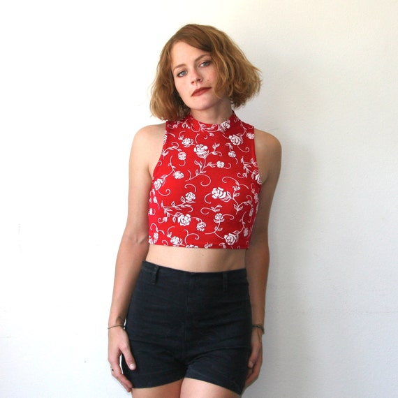 Crop Tops Sale Tops Bottoms. New Arrivals The Meshier The Better Crop Top - Black. $ USD. QUICK VIEW. KiKi Cropped Top - Ivory. $ USD - AVAILABLE IN MORE COLORS - Superlove Crop Top - Red. $ USD. QUICK VIEW. Summer Sunset Top - Black. $ USD. QUICK VIEW.