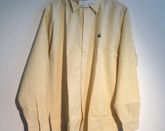 Brooks Brothers, button down collar, Men's SHIRT.  Size M.  All Cotton, sport shirt.  Made in USA.  Golden Fleece Embroidery.