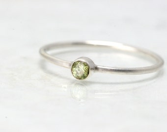 Birthstone Ring August - Stackable Mothers Ring - Birthstone Ring Band - Stacking Rings Peridot - Mothers Ring Gemstone - Thin Band Ring