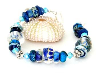 Midnight Blue Glass Bead Bracelet. Cobalt Blue Chunky Artisan Bracelet. Bohemian Jewelry. Lampwork Glass Bead Jewelry.