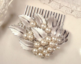 TRIFARI Ivory Pearl & Rhinestone Silver Leaf Bridal Hair Comb, Brooch to OOAK Vintage Wedding Hairpiece, Modern Retro 1950s 1960s Headpiece