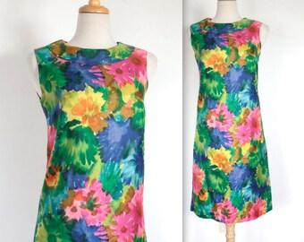 Vintage 1960's Dress // 60s Bright Floral Print Summer Shift Dress