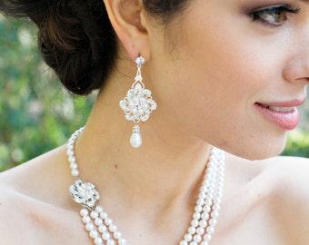 ivory swarovski pearl and crystal necklace Statement Bridal necklace Wedding Rhinestone necklace swarovski crystal and pear necklace AMELIA