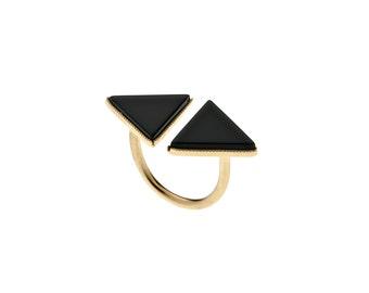 Gold Triangle Ring, Black Onyx Ring, Gold Brass Geometric Ring, Double Triangle Ring, Geometric Jewelry, Onyx Jewelry