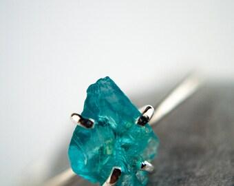 Rough gemstone ring in sterling silver - aqua blue apatite - rustic claw setting