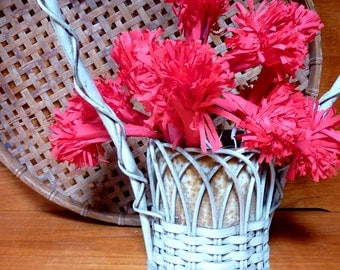 Vintage Victorian-Styled WICKER FLOWER BASKET . . . for all occasions as a centerpiece