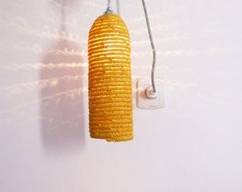 Natural raffia lamp with textile cable, switch and plug - yellow