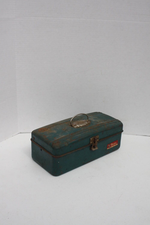 Vintage teal fishing tackle tool box metal rusty dusty patina for Fishing tool box