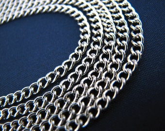 Silver Chain : 16 feet Antique Silver Curb Chain | Twisted Oval Link Chain 2.5x3.7x.7mm -- Lead, Nickel & Cadmium Free 43840