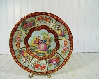 Daher Decorated Ware Tray - Ornate Fluted Round Lithograph Victorian Couples Collector Metal Bowl - Shabby Chic BoHo Bistro Serving Display
