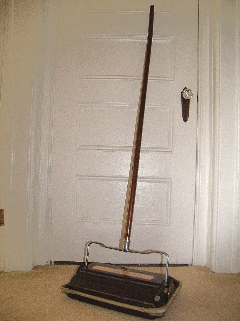 Antique Wood Amp Metal Carpet Sweeper Vintage Bissell S