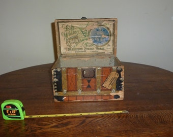 1890s RARE Vintage Advertising Doll Trunk, Lily White Starch Works