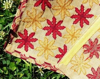 FOLK ART Counted Cross Stitch Table Runner, Wall hanging - Ukrainian Design  - Firebrick, Deep Red, Cornsilk, Dark Goldenrod  - Deep Wheat