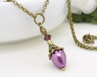 Dark pink pearl necklace, Antique bronze, mauve dark dusty rose pink pearl pendant, pearl drop necklace, vintage style pearl beaded jewelry