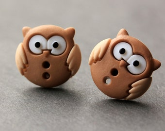 Owl Earrings. Reddish Brown and Tan Owl Button Earrings. Owl Jewelry. Owl Stud Earrings. Bird Earrings. Owl Post Earrings. Handmade Jewelry.