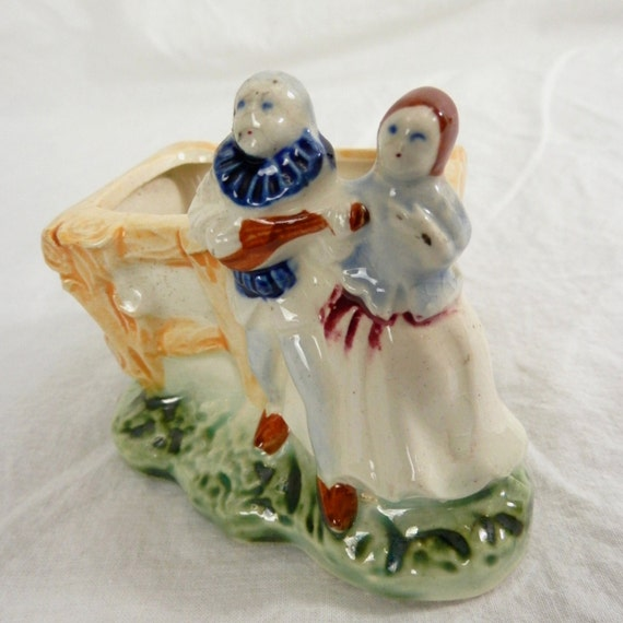 Vintagae, Made in Occupied Japan Figurine of Clown, Minstrel, Musician Couple and Planter