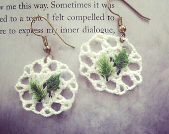forest girl leaf crochet earrings