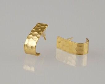 Gold Hammered Earrings , Handmade Folded Studs , Gold Earrings , Minimalist Earrings , Gift for Women , Gift Under 50 , Gift for Mommy