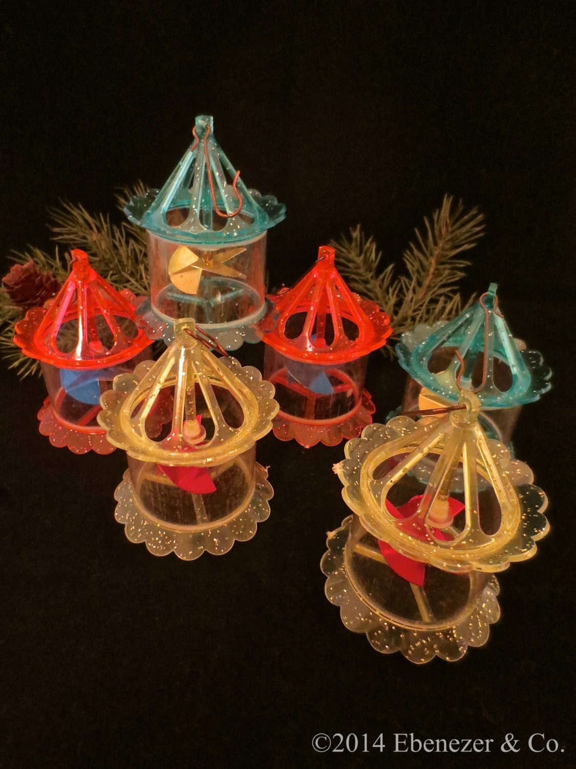 Set of six vintage plastic spinner carousel christmas for Antique christmas decoration