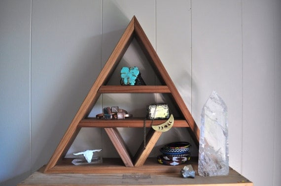 Blade Temple Redwood Triangle Altar Jewelry Display